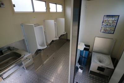 トイレ車両