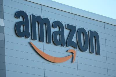 「Amazon」のロゴ
