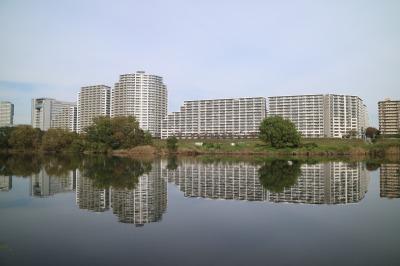 対岸の東京都大田区(ガス橋付近)