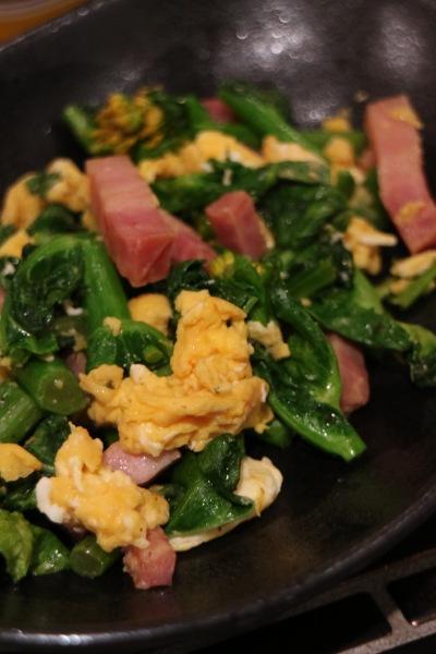 「のらぼう菜とベーコンと卵の炒めもの」
