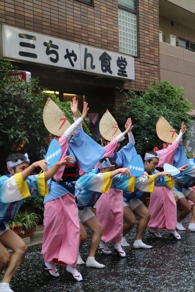 「男踊り」と「女踊り」の合流