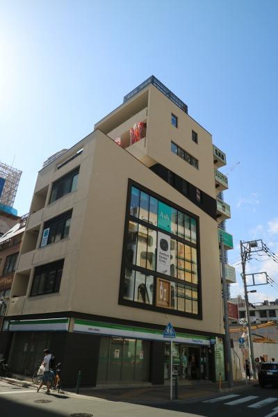 「忍」の建て替えビル「S.N.Bビルディング」