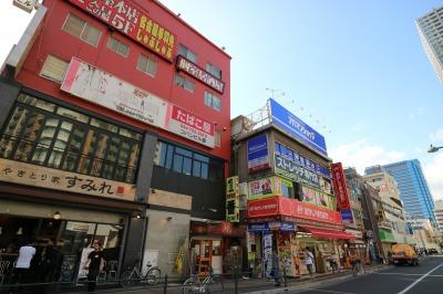 武蔵小杉駅南口の商業ビル群