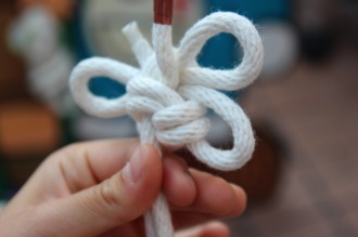 トンボ型の飾り結び