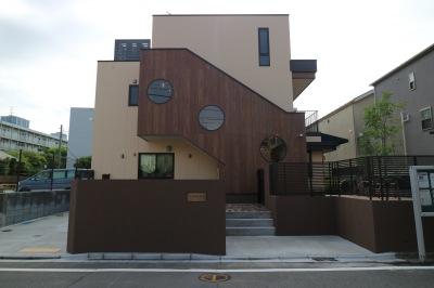 横浜銀行元住吉支店跡地の「心花保育園」