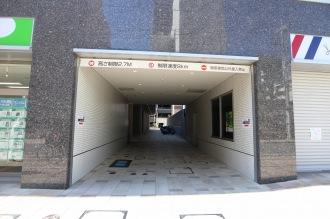 セントア武蔵小杉B棟の駐輪場入口