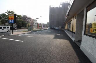 17台収容の駐車場