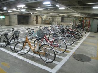 旧中原市民館1階駐車場跡の臨時駐輪場