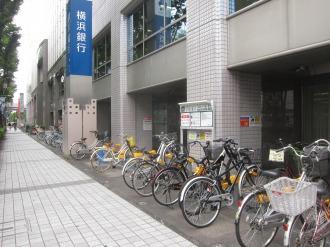 武蔵小杉STMビルの駐輪場