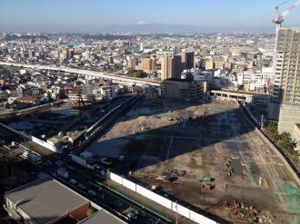 シティタワー武蔵小杉建設予定地(写真左側)