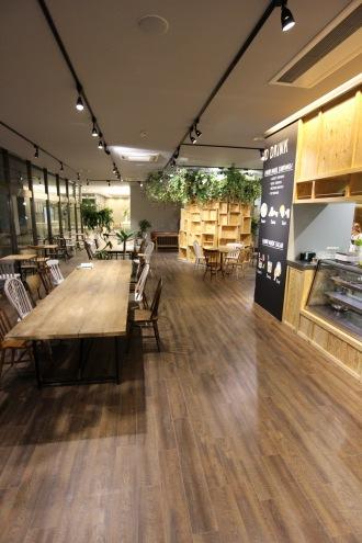 「COSUGI VILLAGE」内の「COSUGI CAFE」