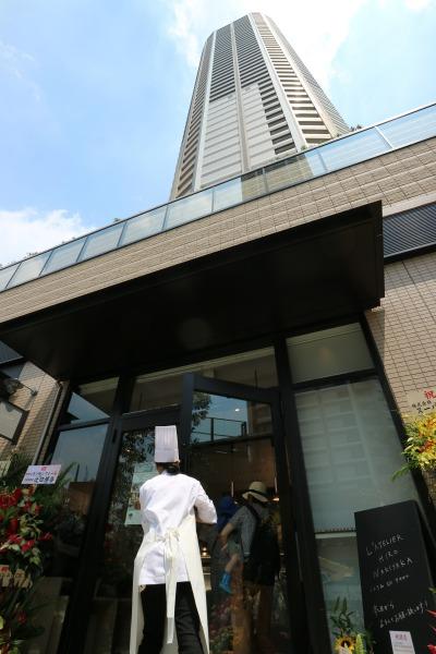 「L'ATELIER HIRO WAKISAKA」とパークシティ武蔵小杉 ザ ガーデン