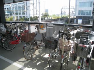 後ろかご付き自転車用スペース