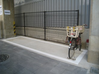 後ろかご付き自転車用駐輪スペース