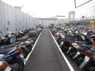 自動二輪駐車場