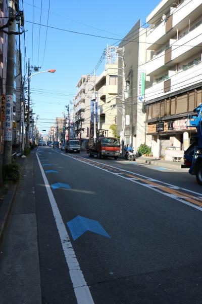 中原街道の自転車ナビマーク