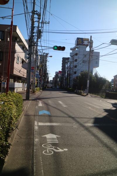 中原街道の自転車ナビマークの終点