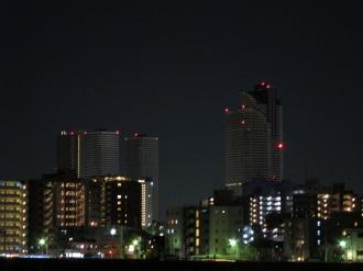丸子橋から見た再開発ビル群