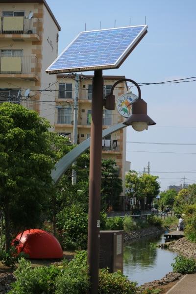 太陽光発電による照明