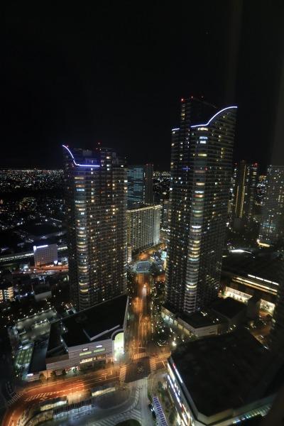 エクラスタワー武蔵小杉から見た武蔵小杉駅東口方面