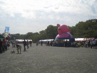 「市民と働く者のフェスタ2010」会場