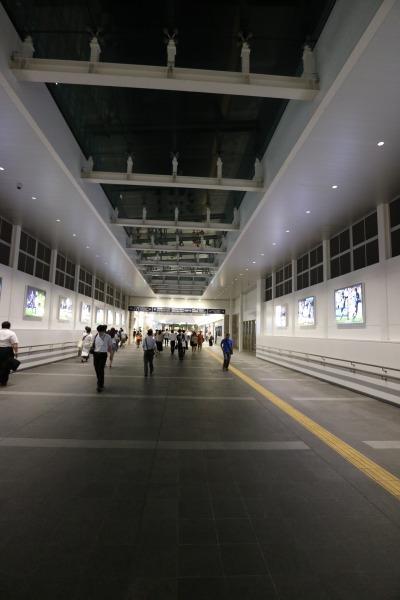 JR川崎駅の「フロンターレロード」