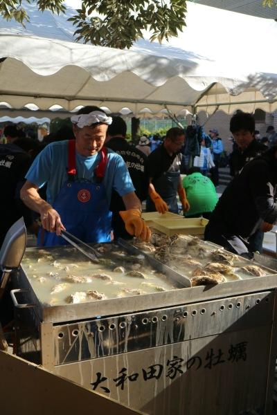 大和田家の蒸し牡蠣