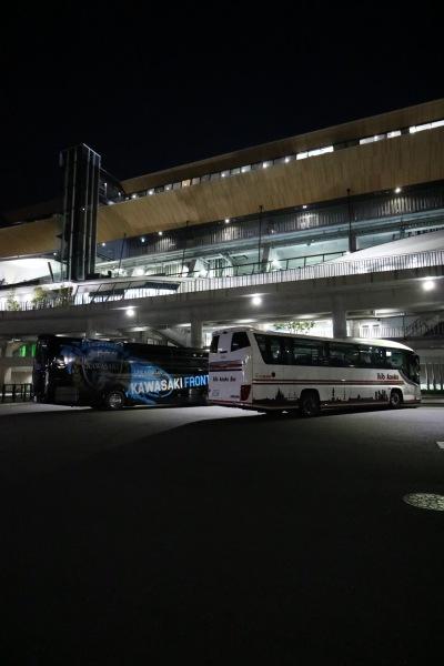 選手送迎バス