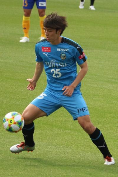 ボランチで活躍する田中碧選手
