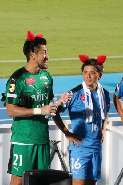 笑顔の新井章太選手