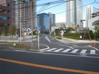 都市計画道路 武蔵小杉駅南口線のT字路