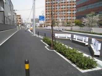 反対側の歩道