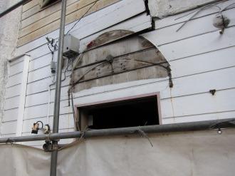 建物の看板があった場所