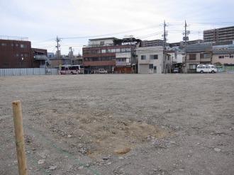 東急バス川崎営業所跡地(大師道から)