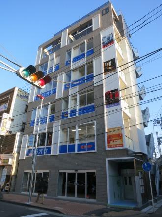 府中街道沿いの「武蔵小杉店」
