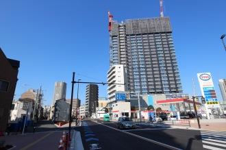 シティタワー武蔵小杉南側のエリア(写真中央がかまた商事市ノ坪ビル)