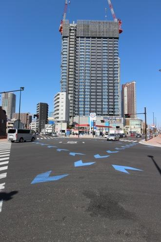 (参考)綱島街道の市ノ坪交差点の自転車・自動車混在区間