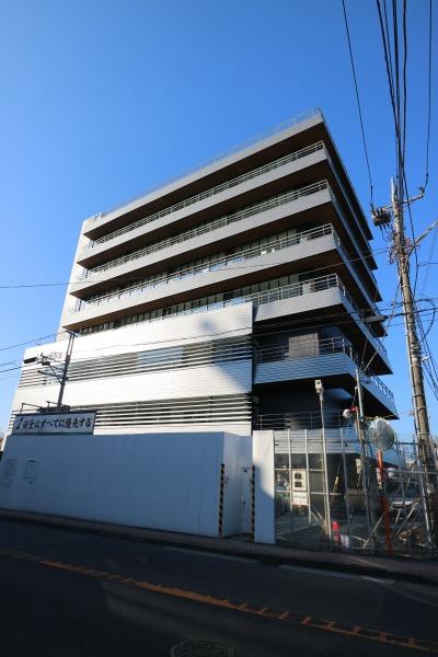 旧中原消防署跡地の「川崎市医師会館」