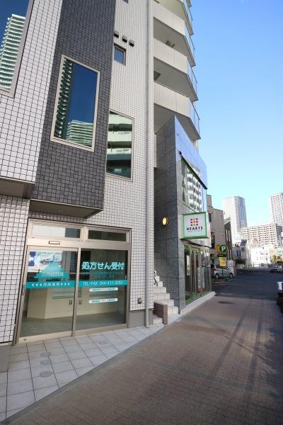 三角堂薬局が移転するビル
