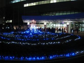 本部ビル前のイルミネーション