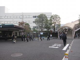 武蔵中原駅からの歩道橋