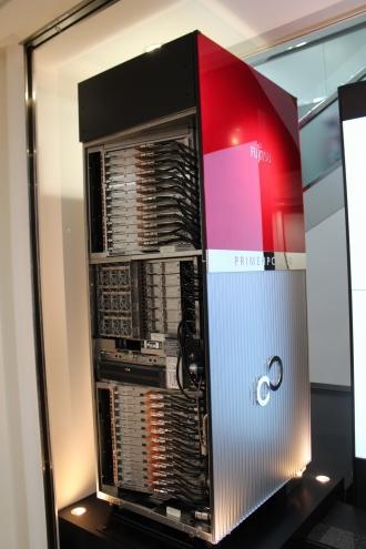 富士通のスーパーコンピュータ