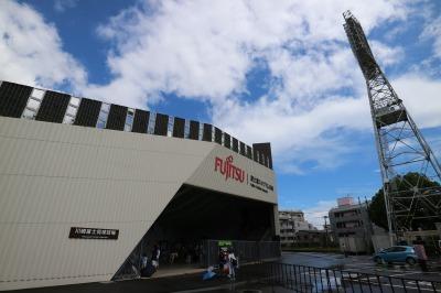「富士通スタジアム川崎」