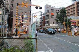 踏切北側(武蔵小杉駅側)の拡幅前