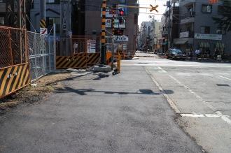 踏切北側(武蔵小杉駅側)の拡幅後