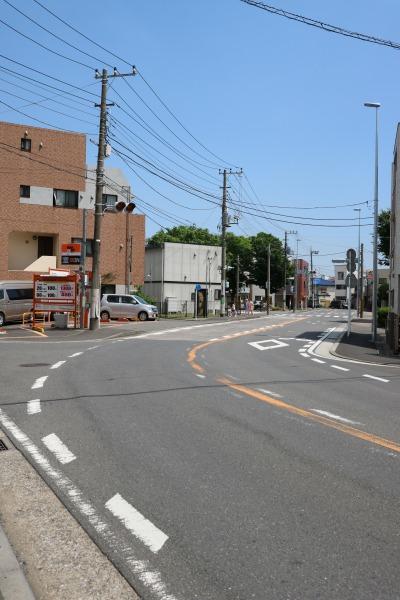 「古市場交差点」への道路