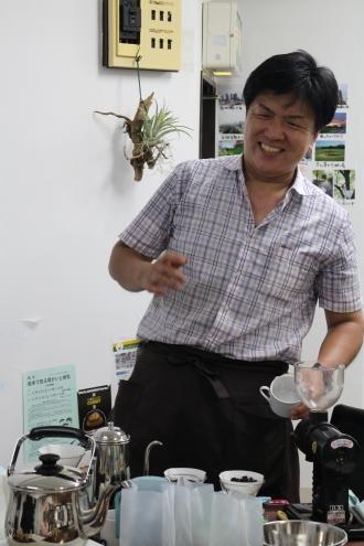 新丸子ゴールデン・ルート・クラブのコラボ企画の「コーヒー飲み比べ講座」