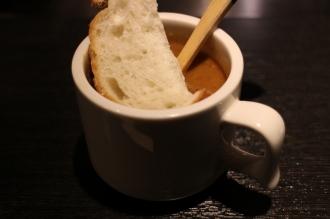 お通しのカレースープ