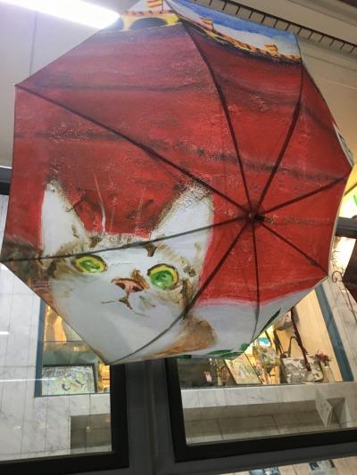 「マンハッタナーズ」の猫デザイン