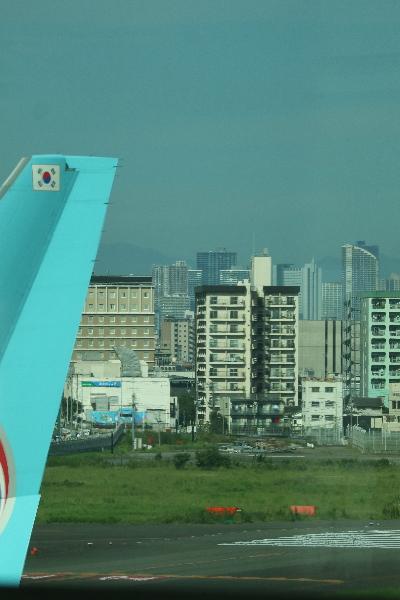 国際線ターミナルから見えた武蔵小杉の高層ビル群